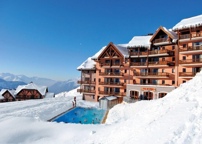 chien-ski-hotel-location-vacances