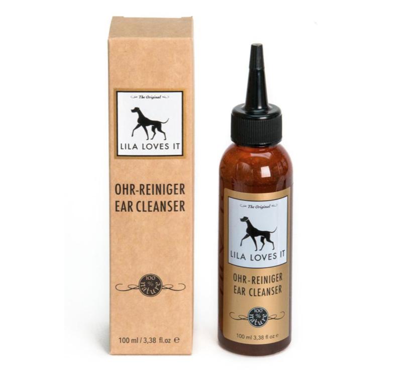 produit nettoyant pour chiens à grandes oreilles